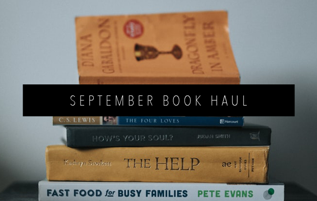 september BOOK HAUL FEATURED IMAGE